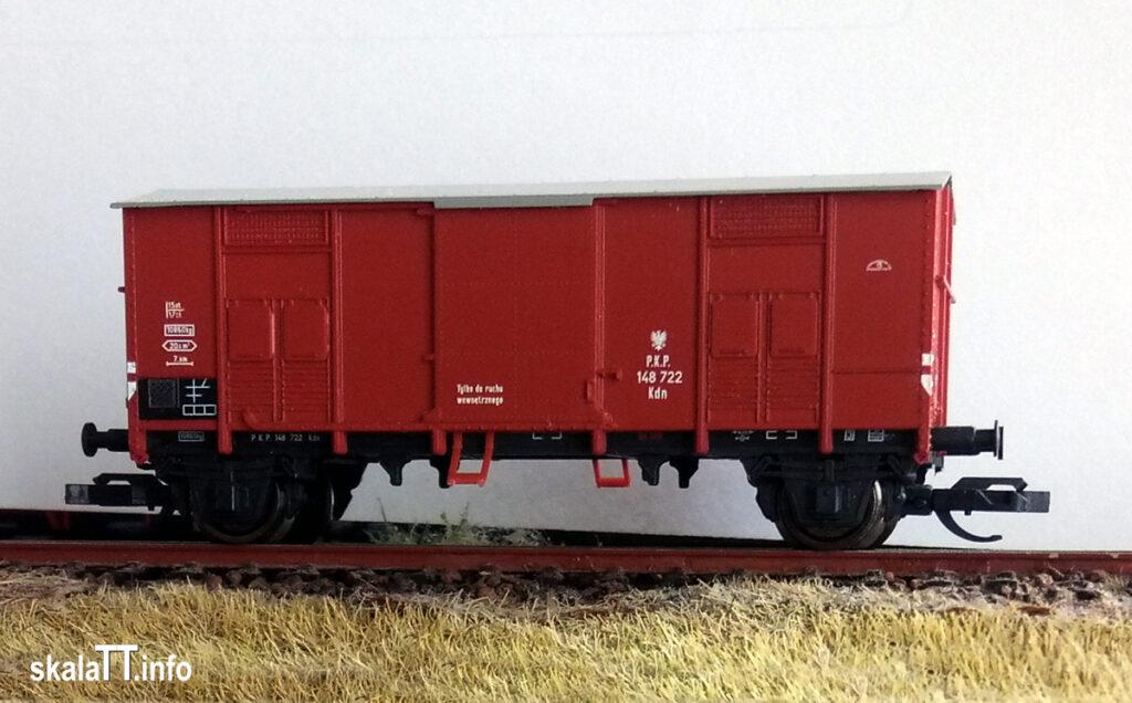 Hädl Manufaktur/EKA-model zestaw wagonów krytych pochodzenia włoskiego ep. IIIb nr kat. 553180 - wagon PKP Kdn148 722.